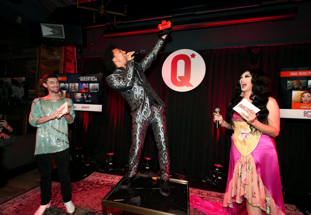 Shangela acceptng her award at the 2019 Queerties Event in Los Angeles